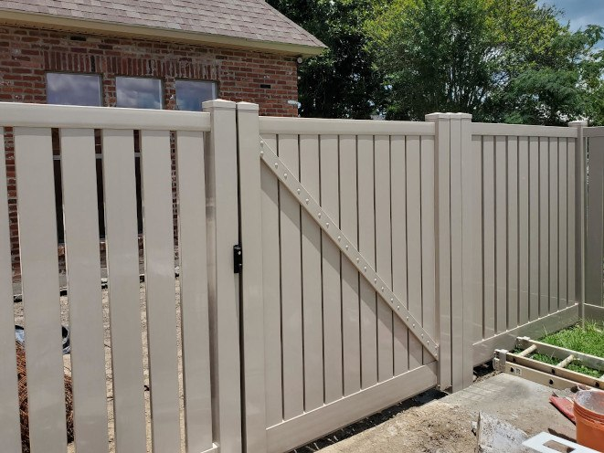 "Semi-Private White Vinyl Fence in Gramercy, LA. Style ""Adobe"" Lakeview."